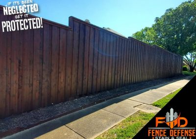 Board on Board Fence with Professional Staining