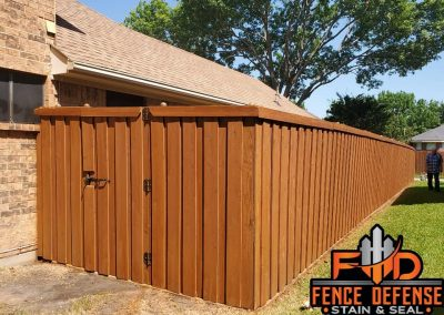 Outdoor Fence Staining Contracor