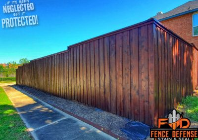 Board on Board Fence Staining Oxford Brown Transparent Stain