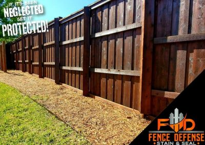 Professional Fence Staining Frisco TX Oxford Brown Transparent Stain